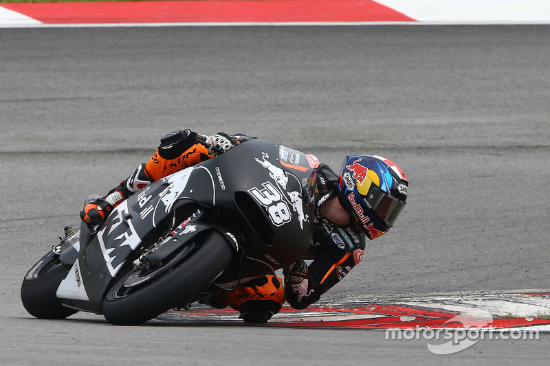 22º Bradley Smith (KTM Factory Racing) 2:01.338 a 1.970