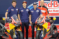 Nicky Hayden, Honda World Superbike Team, Stefan Bradl, Honda World Superbike Team, avec Ronald Ten Kate et Marco Chini