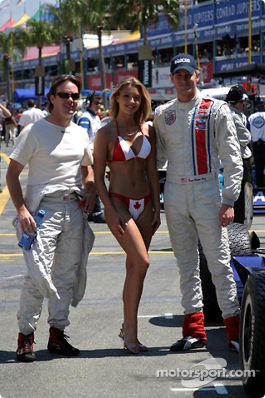 Jimmy Vasser et Ryan Hunter-Reay en compagnie de la Miss Molson Indy
