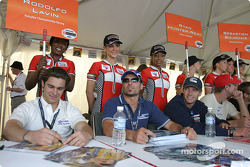 Autograph session: Rodolfo Lavin, Alex Tagliani and Mario Haberfeld