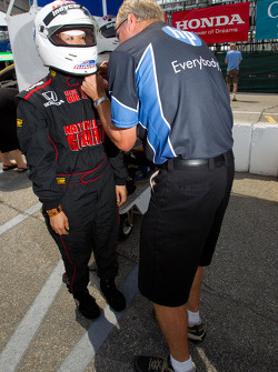 IndyCar two-seater experience: a guest