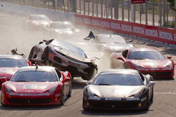 Start: #454 Ferrari of Ft. Lauderdale Ferrari F430 Challenge: Rob Metka crashes in the middle of the field