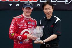 Podium: second place Scott Dixon, Target Chip Ganassi Racing