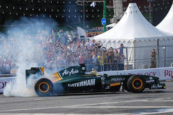 Luiz Razia, Lotus F1 Team