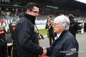 Eric Boullier, Team Principal, Lotus Renault GP with Bernie Ecclestone