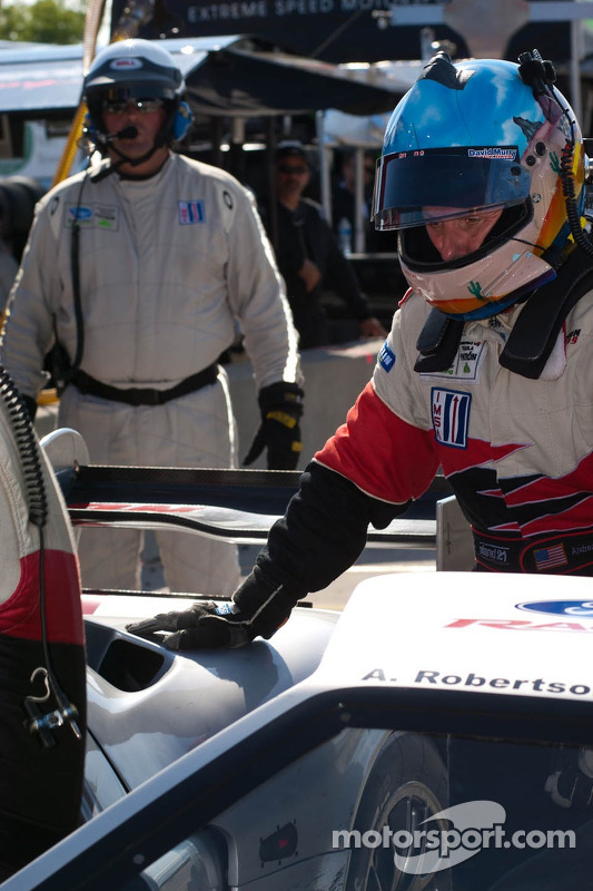 Pitstop #40 Robertson Racing Doran Ford GT: David Robertson, Andrea Robertson