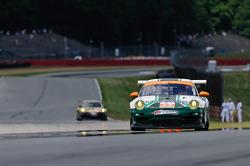 #77 Magnus Racing Porsche 911 GT3 Cup: John Potter, Craig Stanton