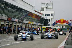 Carlos Munoz, Signature, Dallara F308 Volkswagen, Marco Wittmann, Signature, Dallara F308 Volkswagen