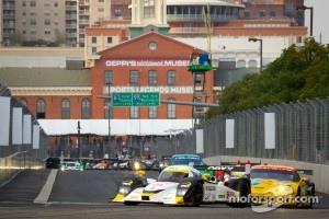 #20 Oryx Dyson Racing Lola B09/86 Mazda: Humaid Al Masaood, Steven Kane leads the field