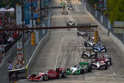 Start: Scott Dixon, Target Chip Ganassi Racing