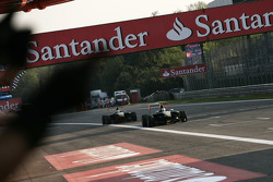 The team celebrate as Valtteri Bottas, takes victory and wins the drivers championship in front of James Calado