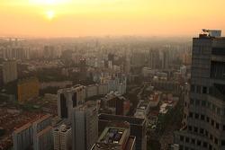 Le soleil se couche sur Singapour