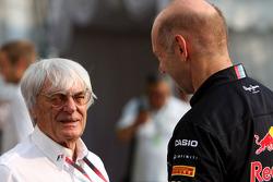 Bernie Ecclestone and Adrian Newey, Red Bull Racing, Technical Operations Director