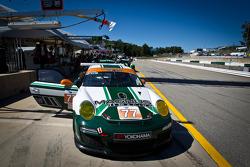 #77 Magnus Racing Porsche 911 GT3 Cup: John Potter, Craig Stanton, Ryan Eversley