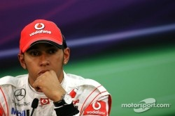 Hamilton not happy with Schumacher and Webber