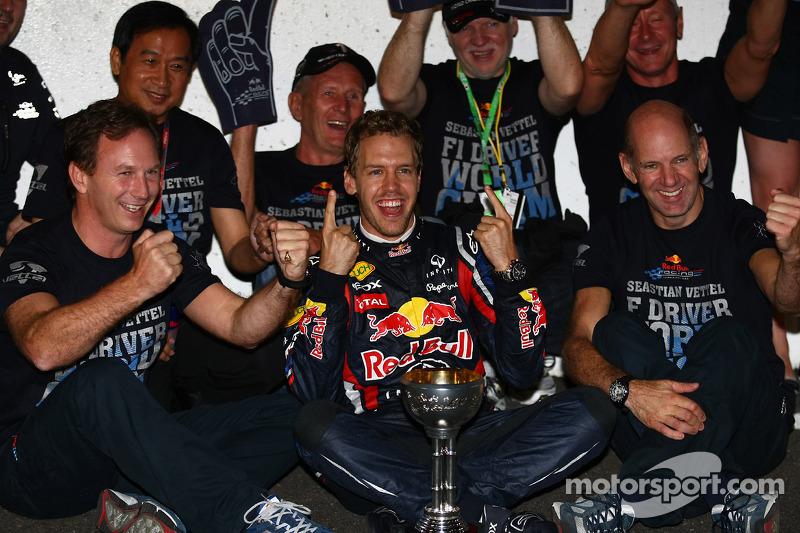 Sebastian Vettel, Red Bull Racing, campeón del mundo de F1 2011