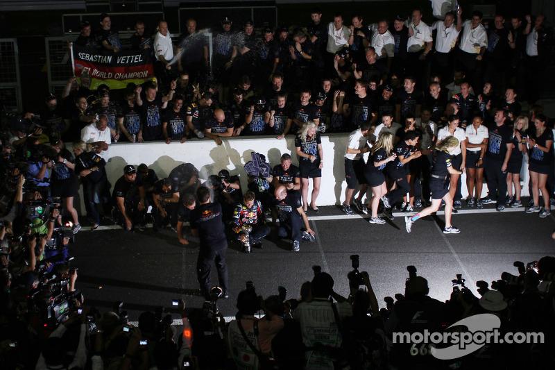 Sebastian Vettel, Red Bull Racing, Christian Horner, Red Bull Racing, Sporting Director and Adrian N