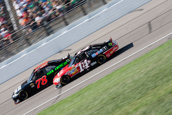 Regan Smith, Furniture Row Racing Chevrolet and Tony Stewart, Stewart-Haas Racing Chevrolet