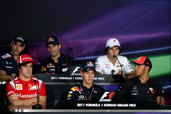 Sebastian Vettel, Red Bull Racing, Fernando Alonso, Scuderia Ferrari, Jenson Button, McLaren Mercedes
