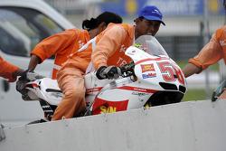 Marco Simoncelli's crashed bike is returned to paddock