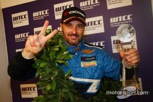 Yvan Muller, Chevrolet Cruz 1.6T, Chevrolet WTCC Champion 2011
