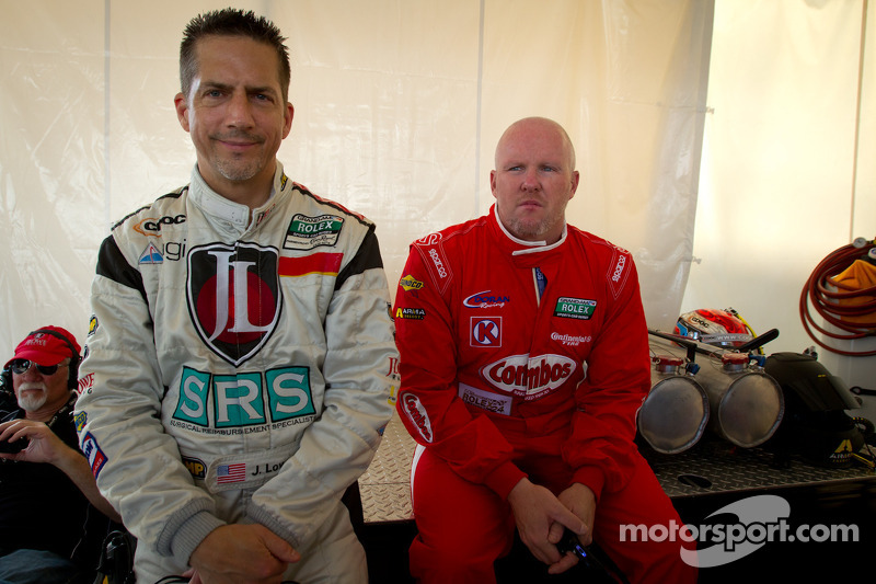 Jim Lowe en Paul Tracy
