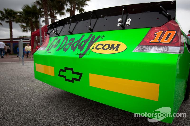 Rookie strepen op de wagen van Danica Patrick, Stewart-Haas Racing Chevrolet