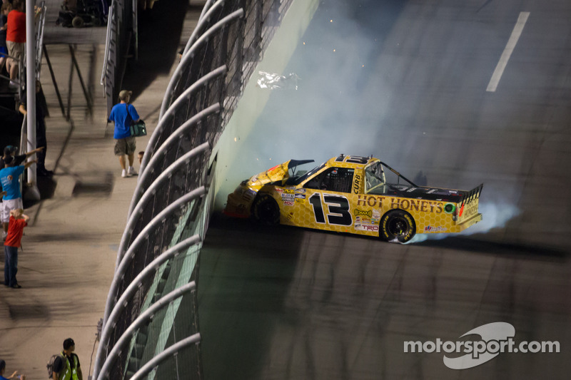 Johnny Sauter, ThorSport Racing Toyota crash