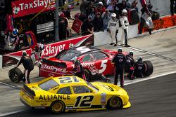 Dale Earnhardt Jr., JR Motorsports Chevrolet and Sam Hornish Jr., Penske Racing Dodge