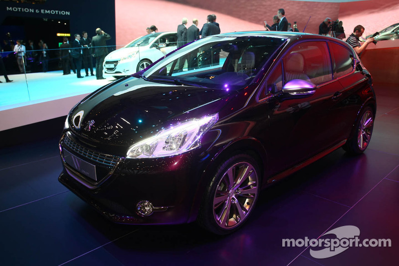 Peugeot 208 Xy Concept At Geneva International Auto Show