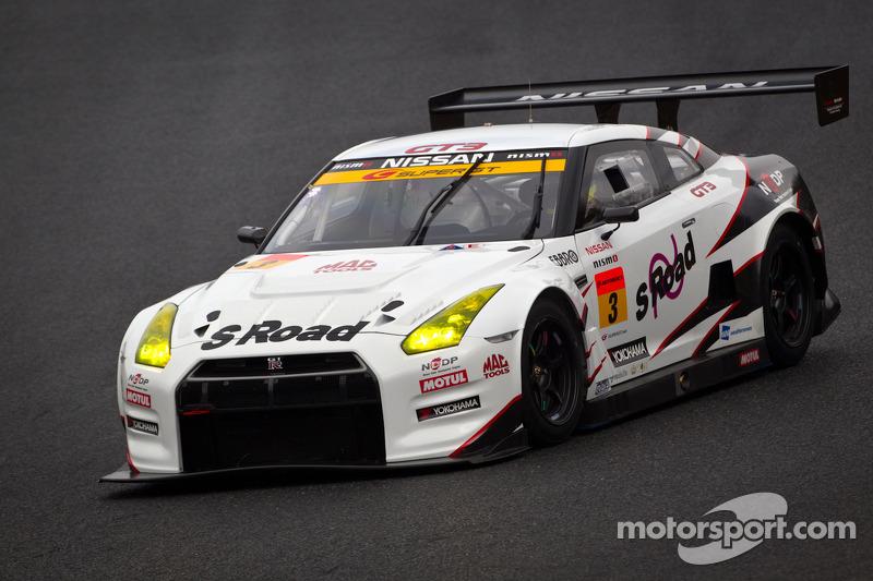 #3 NDDP Racing Nissan GT-R Nismo GT3: Yuhi Sekiguchi, Chiyo Katsumasa