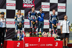 Podyum: yarış galibi Federico Caricasulo, GRT Yamaha Official WorldSSP Team, 2. Decha Kraisart, Yamaha Thailand Racing Team, 3. Niki Tuuli, Kallio Racing