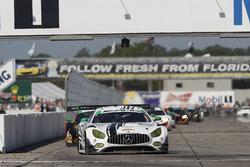 #50 Riley Motorsports Mercedes AMG GT3:  Ганнар Жіннетт, Купер МакНіл, Шейн ван Гісберген