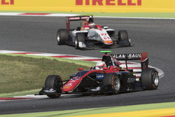 Anthoine Hubert, ART Grand Prix leadingRaoul Hyman, Campos Racing
