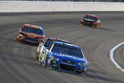 Jimmie Johnson, Hendrick Motorsports, Chevrolet; Ryan Newman, Richard Childress Racing, Chevrolet