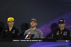 Nico Hulkenberg, Renault Sport F1 Team, Jenson Button, McLaren y Esteban Ocon, Force India en la Conferencia de prensa