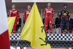 Riccardo Adami, Ingeniero de carrera de Ferrari, Kimi Raikkonen, de Ferrari, Sebastian Vettel, Ferrari y Daniel Ricciardo, Red Bull Racing RB13