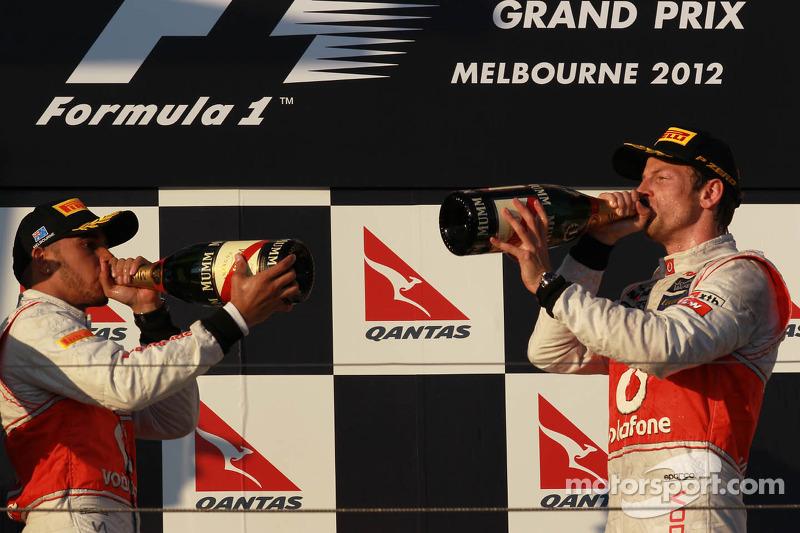 Lewis Hamilton, McLaren Mercedes met Jenson Button, McLaren Mercedes