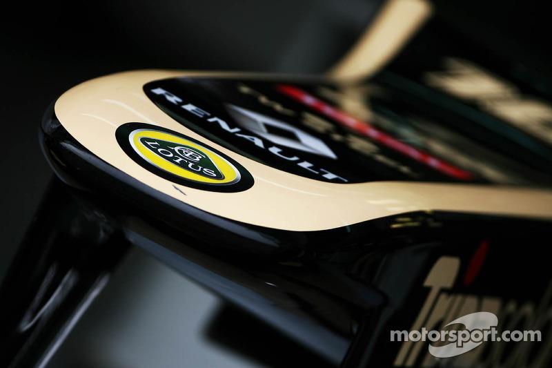 Lotus E20 neus