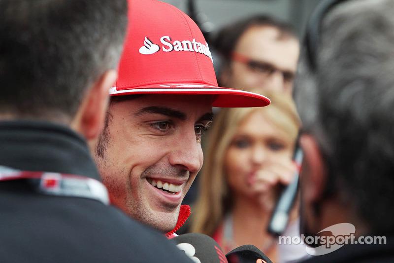 Fernando Alonso, Scuderia Ferrari met de media