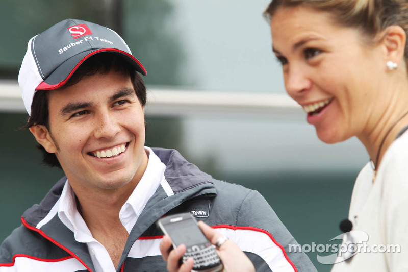 Sergio Perez, Sauber F1 Team with Nira Juanco, Antena 3 TV Presenter