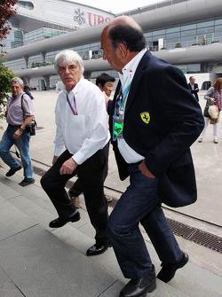Bernie Ecclestone, CEO Formula One Group, met Emilio Botin, Santander Chairman