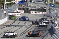 Race action #32 GMG Racing Porsche 911 GT3 Cup: James Sofronas, Alex Welch