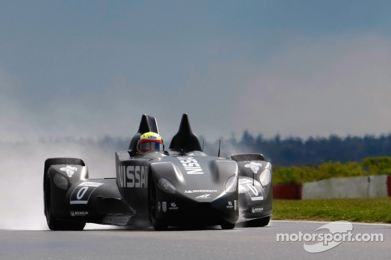 Michael Krumm tests the DeltaWing
