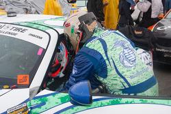 #27 Freedom Autosport Mazda MX-5: Steve Phillips, Tyler Cooke practice a driver change