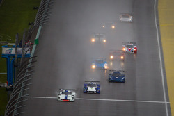 DP start: #8 Starworks Motorsport Ford Riley: Ryan Dalziel, Enzo Potolicchio leads the field