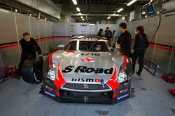 #1 Mola Nissan GT-R