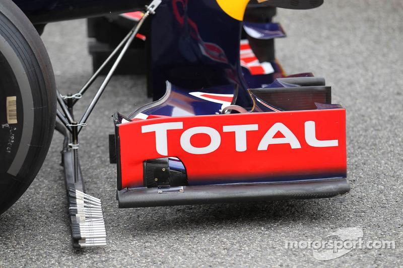 Sebastian Vettel, Red Bull Racing met voorvleugel