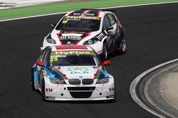 Mehdi Bennani, BMW 320 TC, Proteam Racing and Tiago Monteiro, SEAT Leon WTCC, Tuenti Racing Team