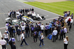 Sir Frank Williams and Patrick Head pose between a Williams FW40, FW11 Honda and FW08 with Antonio Pizzonia, Martin Brundle, Paul di Resta, Jason Plato, Felipe Massa, Williams, Lance Stroll, Williams, Riccardo Patrese, Nigel Mansell, Keke Rosberg, Damon Hill, Nico Rosberg, David Coulthard, Alex Wurz, Karun Chandhok and Pastor Maldonado
